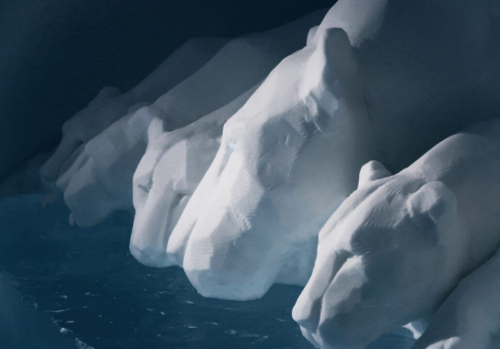 ICEHOTEL #30 / 2019 / CLEAR WATER / Last supper / detail
